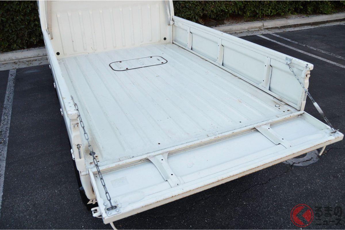 ホンダ最後の軽トラ!? 生産終了の「アクティ・トラック」 海外で35年落ちでも100万円超えのワケ