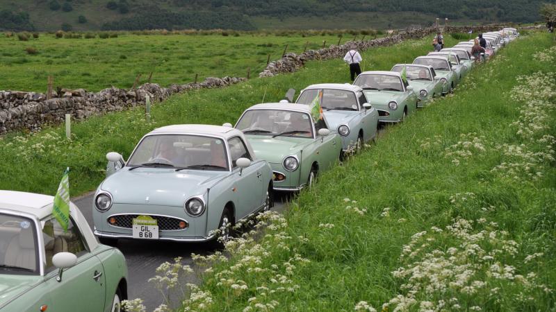 【心を打つパイクカー】日産フィガロ、イギリスでも人気 価格は上昇 デザインと運転のしやすさ理由