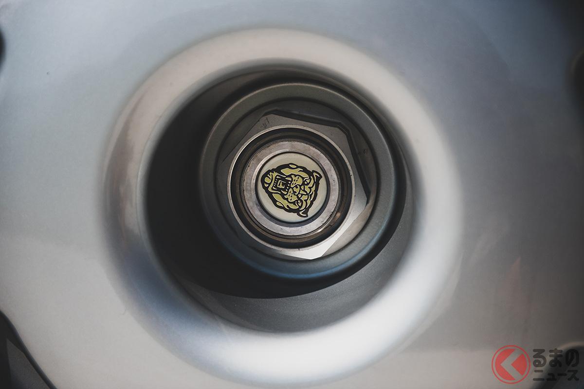 5000万円で落札! 世界最速だったジャガー「XJ220」は悲運のスーパーカー