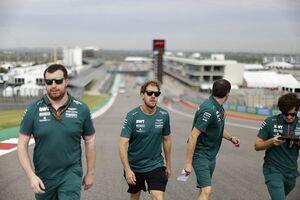 ベッテル、F1アメリカGPはPU交換でグリッド降格へ「それでも前を向いていく」