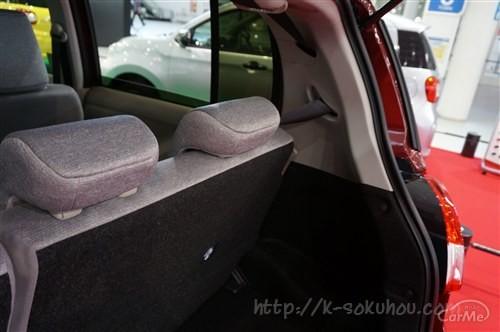 リクライニング機能は装備されている?パッソの後部座席を確認