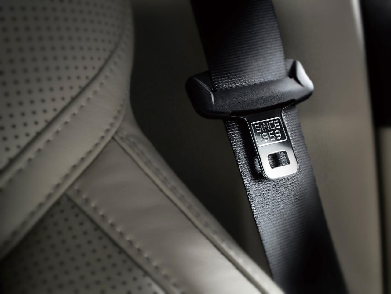 安全は一日にしてならず。3点式シートベルトに始まった、ボルボの安全神話を読み解く
