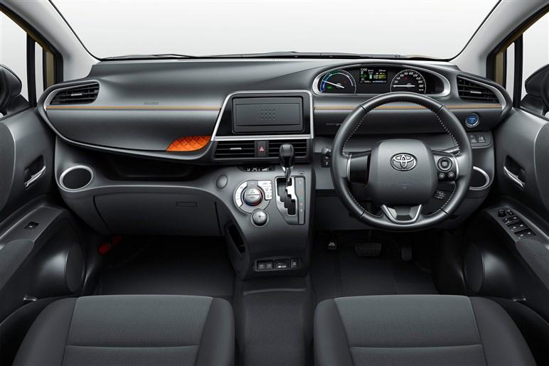 トヨタ シエンタ コスパ重視なら中間グレードのG。ライバルのフリードとどこが違う?