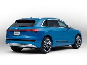【価格/サイズは?】アウディeトロン50クワトロを発売 SUVボディタイプ/小型バッテリー・モデル「50」を追加