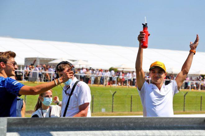 ノリス「3位を争えなかったのは悔しいけれど、ファンのおかげで特別な週末に」マクラーレン/F1第10戦決勝