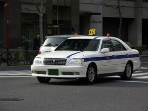 なぜトヨタばかり? 日産やホンダがタクシー車両に本格再参入しないワケ