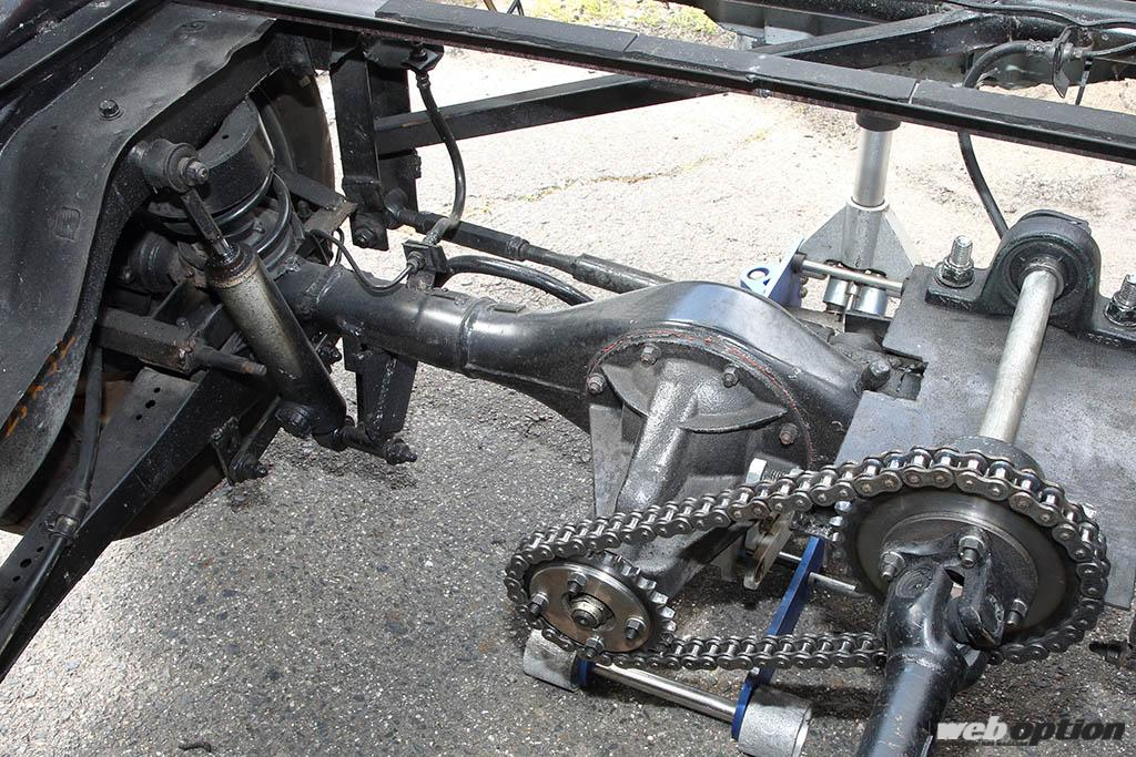 「助手席にバイクエンジンを積んだ三菱ミニカの衝撃」ミッドシップの魔改造ドリフト仕様を捕獲!!