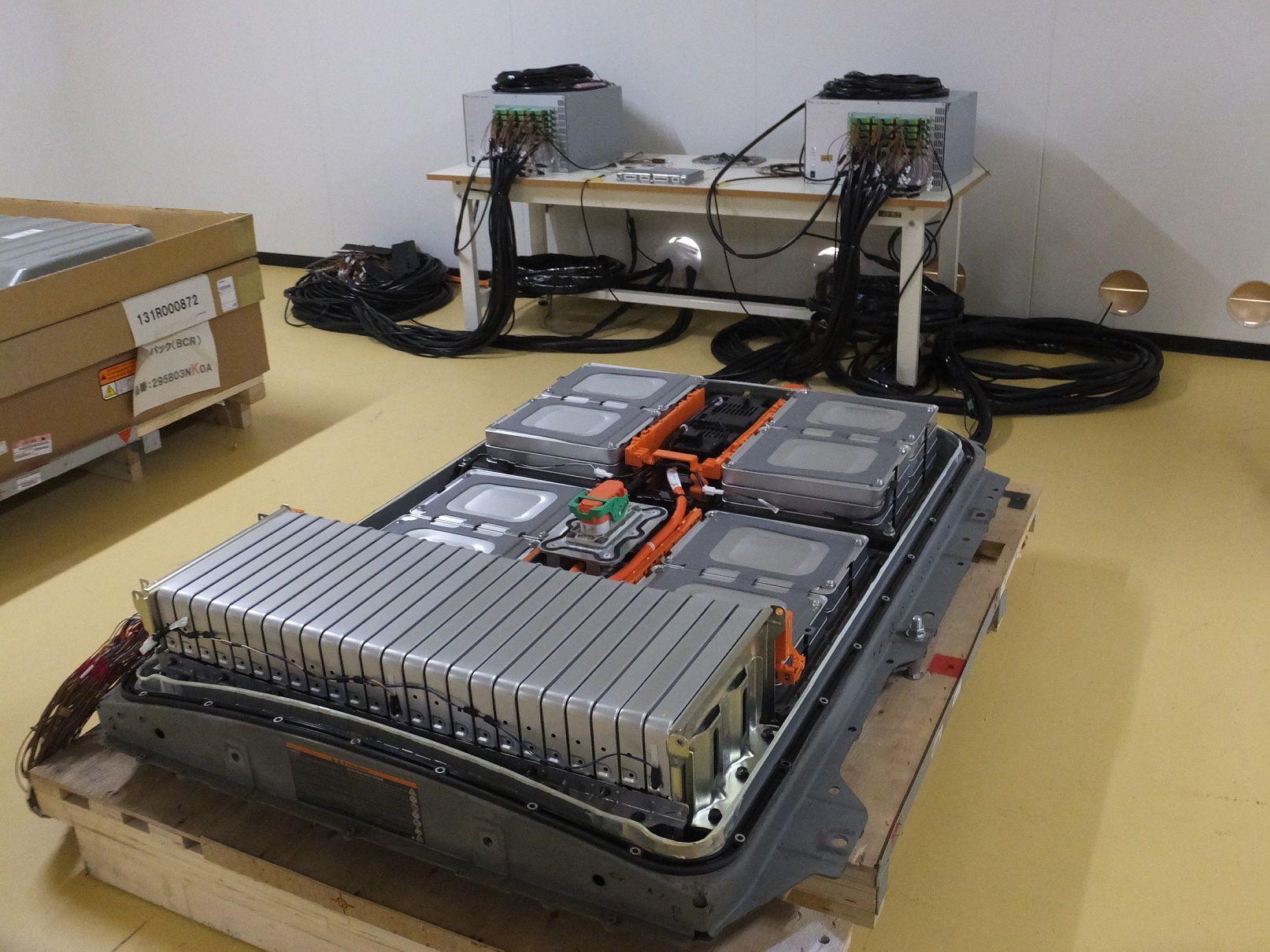 4RエナジーとJR東日本、EV「リーフ」の再生バッテリーを踏切保安に活用 常磐線と水戸線で