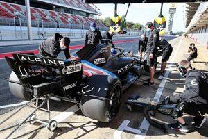 """18インチF1タイヤのテスト最終日がキャンセルに。アルピーヌ車に""""技術トラブル""""が発生"""
