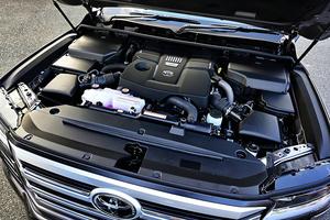 マツダやベンツが新開発して大人気の直6エンジン!! V6エンジンはなくなるのか?