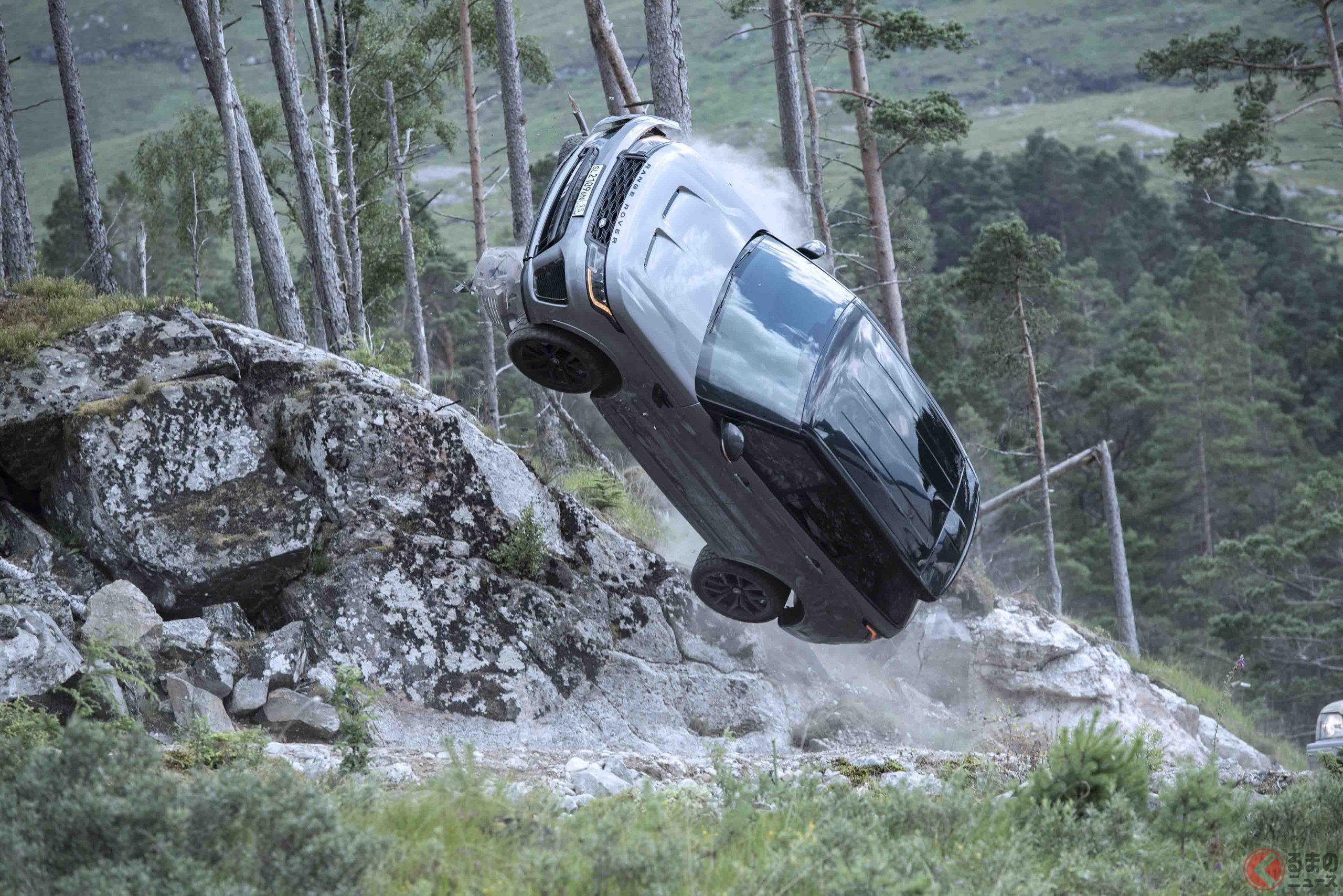 『007/ノー・タイム・トゥ・ダイ』公開間近! 劇中でカーチェイスする「レンジローバー・スポーツSVR」と同じ仕様をオーダーする方法とは