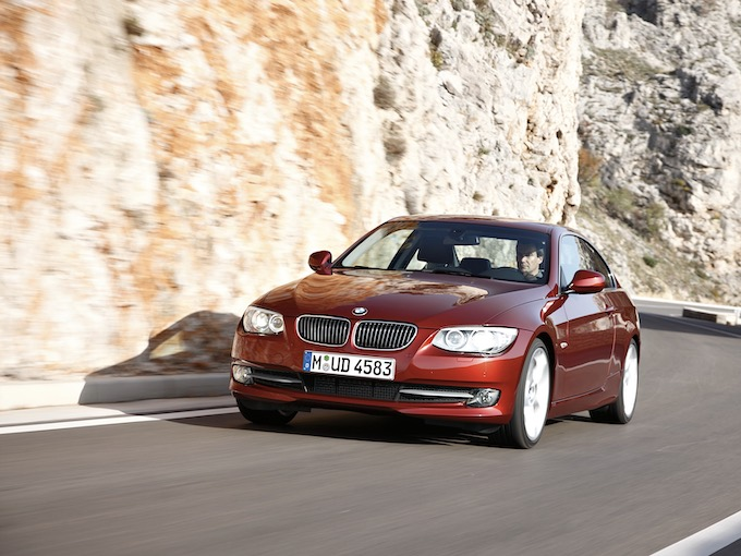 中古車価格80万円台もBMWの哲学が詰まったエンジン「N54B」を搭載するコスパ抜群モデルはコレ!