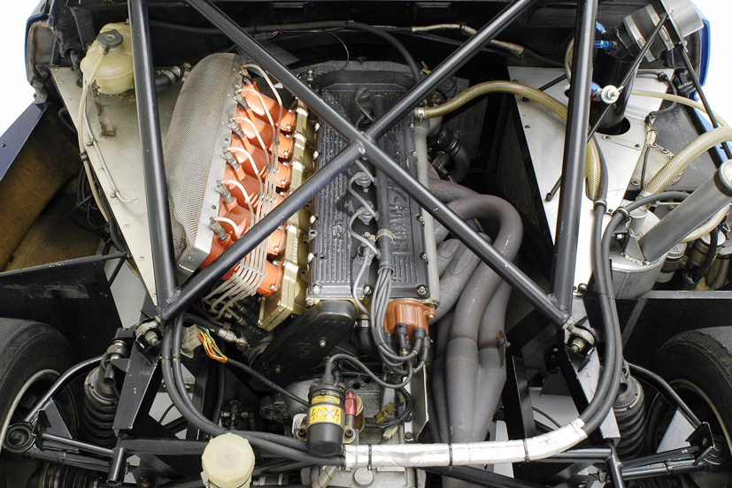 悲劇のスーパーカー「BMW M1」! イタリア+ドイツの最強コラボだったのに失敗した理由とは