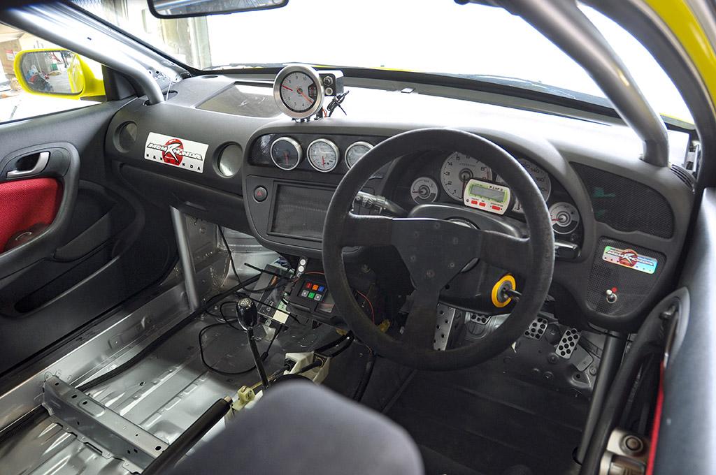 「九州最速のDC5インテグラタイプR、見参!」ストイックに速さを求める超スパルタン仕様