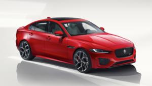 パワフルでダイナミックなルックスに進化したジャガーのスポーツサルーン「XE」2020年モデル