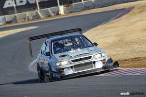 「ワゴンボディでこの速さは異常だ!」GT-RをブッちぎるGF8インプレッサの勇姿