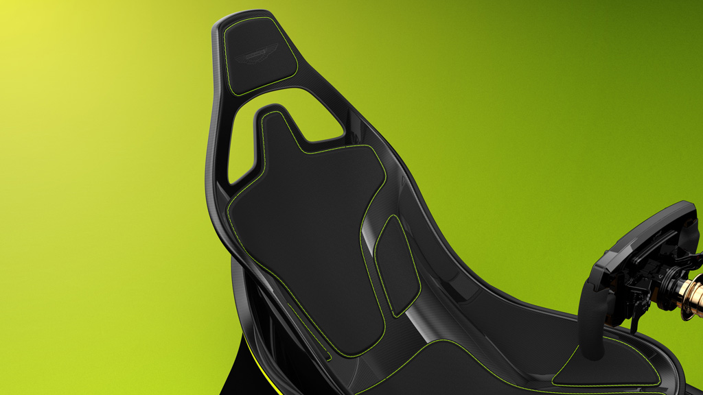 Eスポーツもラグジュアリーに? アストンマーティンが本格レーシングシミュレーターを発売!