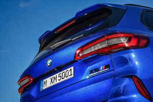"""【サーキット指向のスーパーSUV】BMW X5とX6に高性能な""""M""""モデルが登場"""