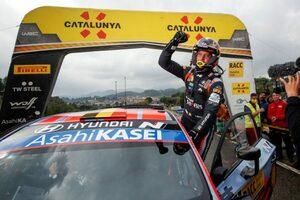 ヌービルがWRCスペイン連覇! ヒュンダイ勢が意地をみせ、両タイトル決定は最終戦に持ち越しへ