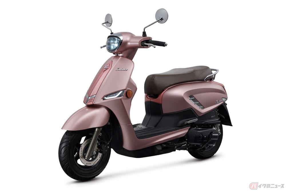スズキ「Saluto 125」新型モデル登場 イタリアンデザインの原付二種スクーターに新色登場