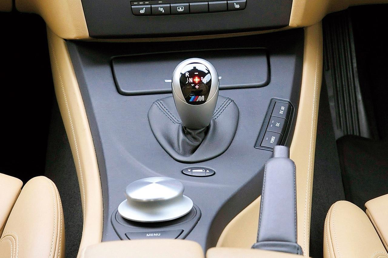 「これは、もはやM3か?」E92型 BMW 335iクーペとM3の、近すぎた性能【10年ひと昔の新車】