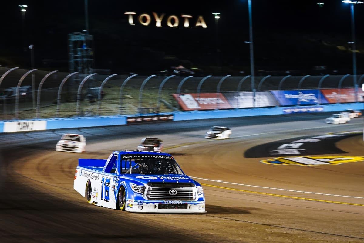 2020シーズン最終戦、HRE16号車はランキング6位確定【NASCARトラックシリーズ 第23戦】