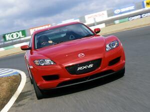 【懐かしの国産車 43】マツダ RX-8はまったく新しい価値観を持ったスポーツカーだった