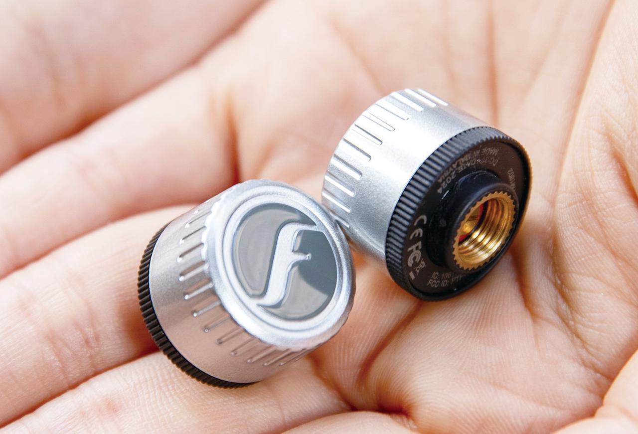 タイヤの空気圧がスマホで分かる! FOBO BIKE 2「タイヤ空気圧監視システム」は取付簡単で高機能