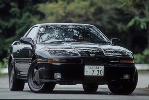 「リトラ」「直6」「ロングノーズ」! 実は「正統派スポーツカー」だった「70スープラ」を振り返る