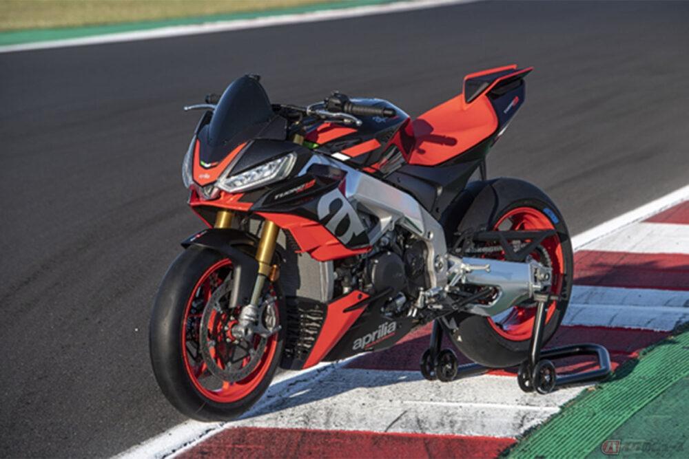 アプリリア新型「トゥオーノV4ファクトリー」受注開始 レースで磨かれた技術を投影したハイパーネイキッドが日本上陸