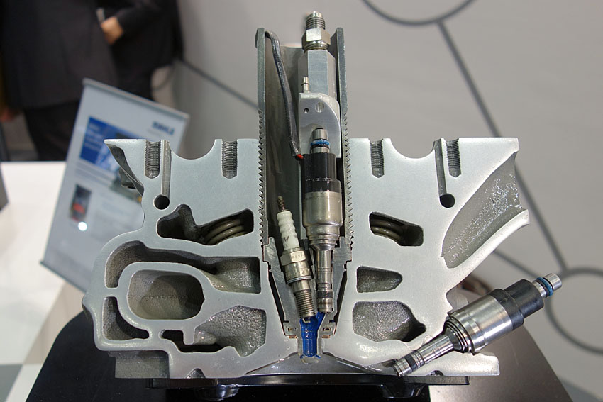 次世代の高効率エンジン スカイアクティブ-X以上の超希薄燃焼