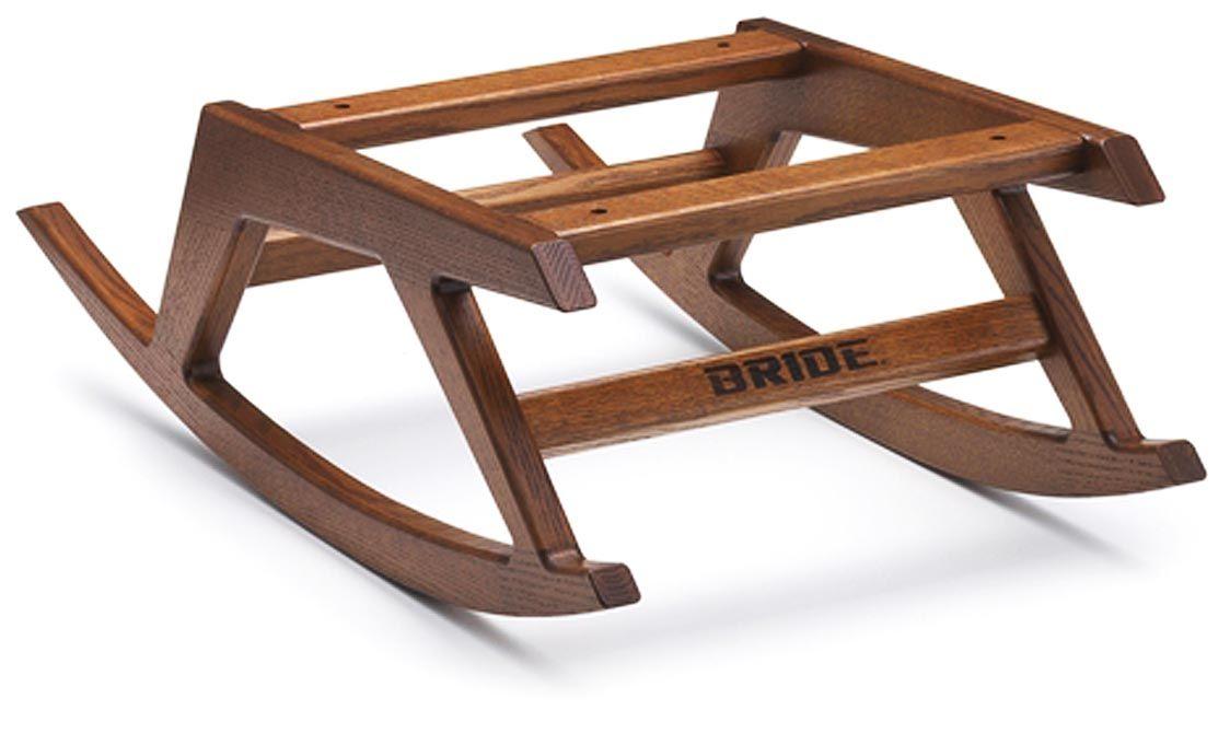 ブリッド、注文家具店「木工のデン」とコラボした室内用ロッキングチェアベースを発売