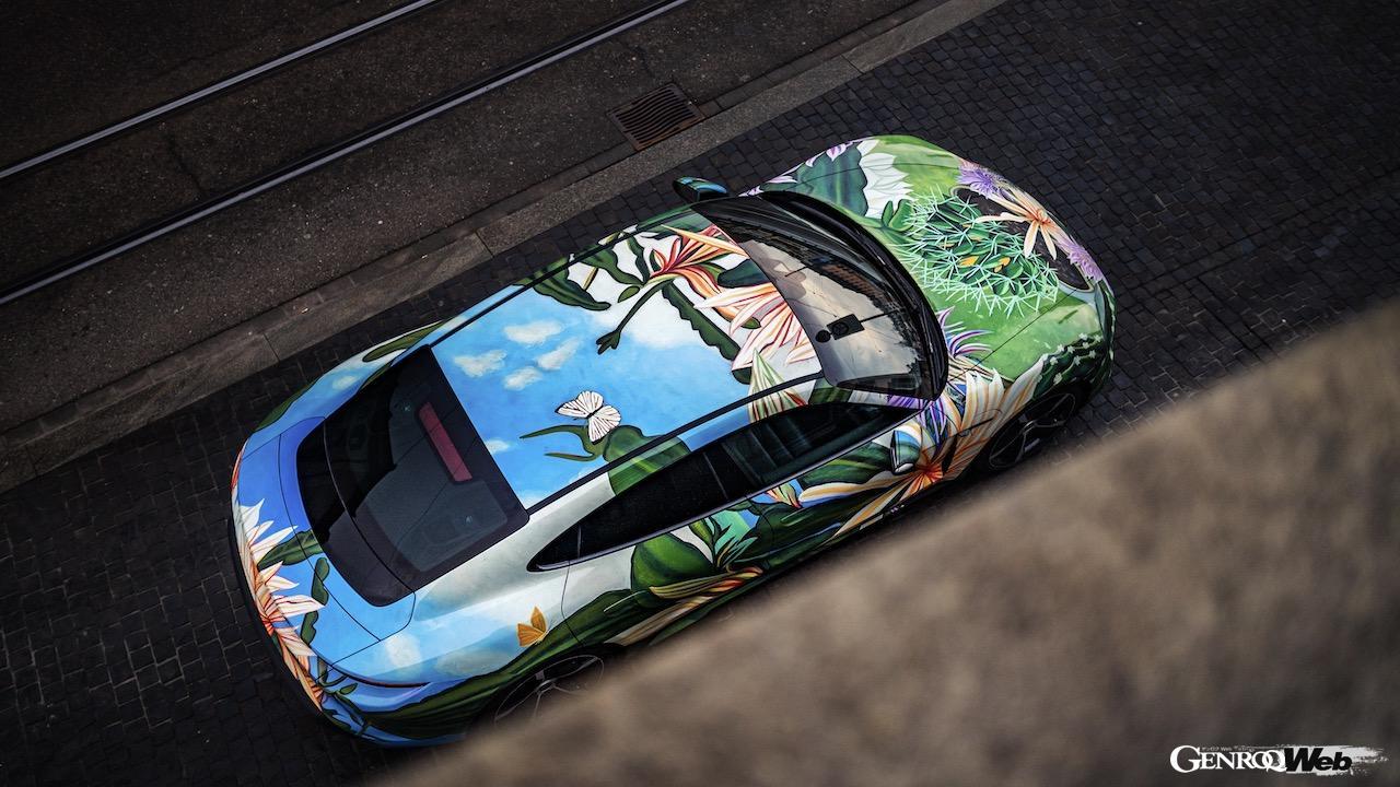 ポルシェ タイカン アートカー「夜の女王」、アーティストを支援するチャリティオークションにおいて20万ドルで落札 【動画】