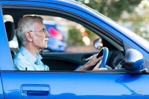 高齢になると身体能力が低下!そんな高齢者でも安全に運転しやすいクルマ4選