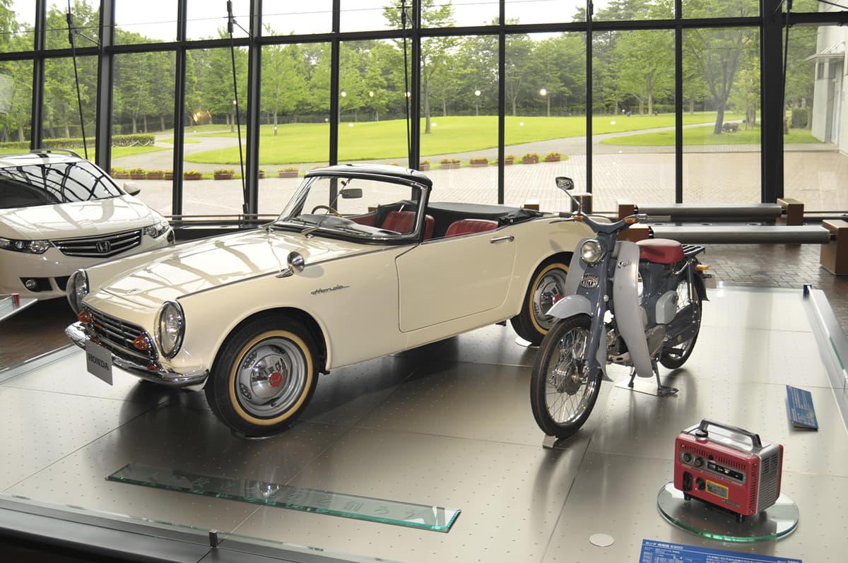 伝説の「レーシングカー」から「オート三輪」まで! 日産・ホンダ・三菱・マツダの博物館が圧巻のラインアップだった