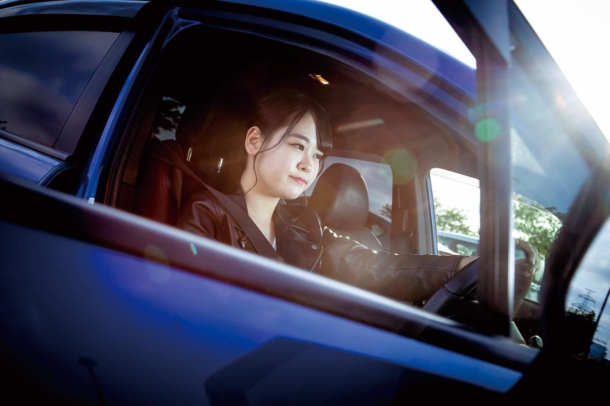 【動画】愛が溢れすぎてニュルマシンのレプリカ!WRX STIに乗る女子