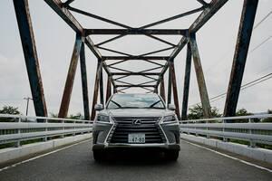 レクサスLXの中古車相場はなぜ高値維持なのか?