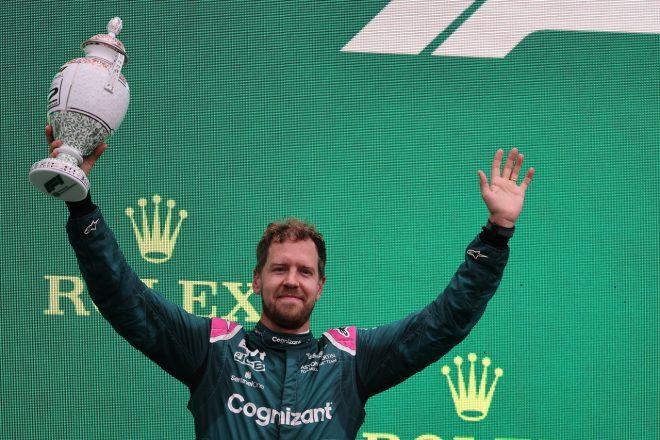2位フィニッシュのベッテル、技術規則違反で失格の裁定。確定ならハミルトン以下の順位が繰り上がりへ/F1第11戦
