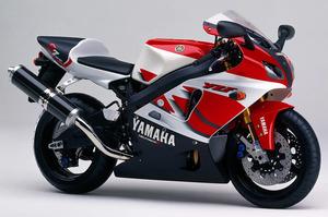 90年代バイクの価格暴騰が止まらない! 青春を共に過ごした「ゼファー」「RGV-Γ」「NSR」