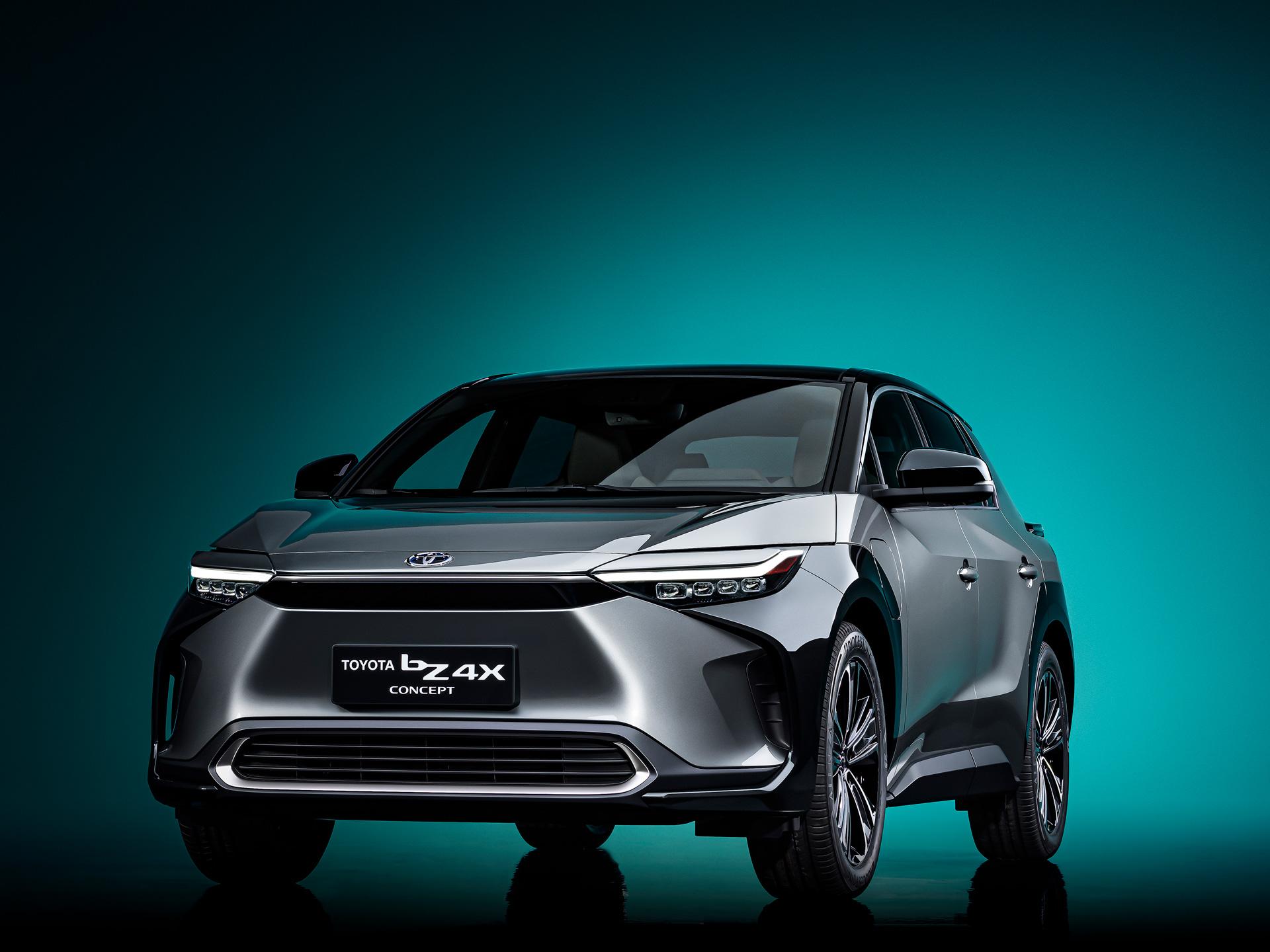 スバルと共同開発したAWDシステムを搭載!トヨタの新型電気自動車シリーズ第1弾はSUVタイプの「bZ4X」