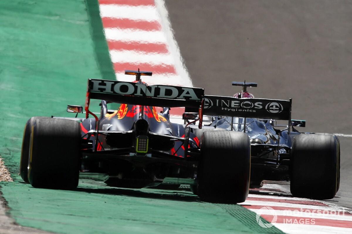 元F1ドライバーのモントーヤ、トラックリミット問題が「今季のF1タイトル争いの魅力を損なっている」と語る