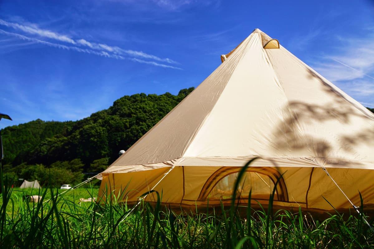 夏キャンプの前におさらい!  プロが指南する「テント選びの極意」5つ
