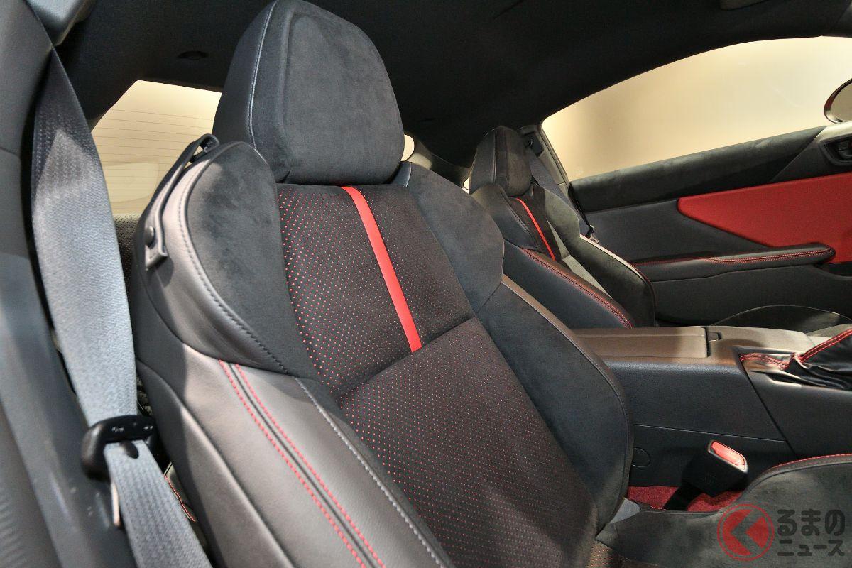「カッコ良い」何%? トヨタ新型「GR86」にファン熱視線! 9年ぶり全面刷新で「丸くなった?」声も