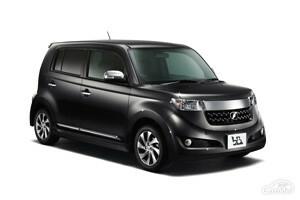 トヨタ 2代目bB専用の便利なおすすめカーアクセサリー5選!