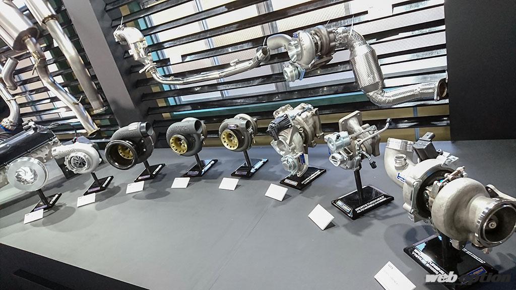 「HKSが新作タービンや車高調などの注目アイテムを発表!」2021年のチューニングシーンも盛り上がること間違いなし!