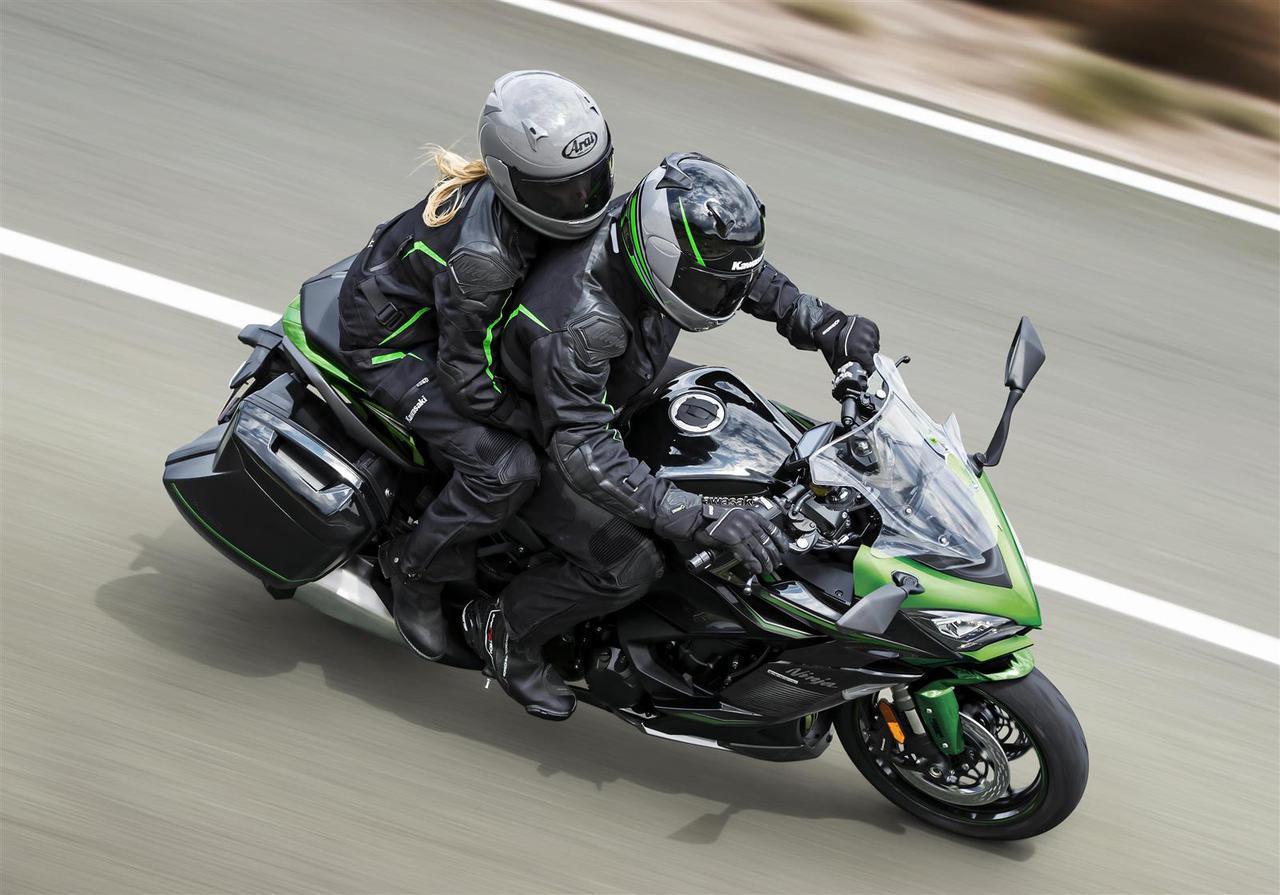 カワサキが「Ninja1000SX」の2022年モデルを欧州で発表! バリエーションモデル「Ninja1000SXツアラー」などにも注目