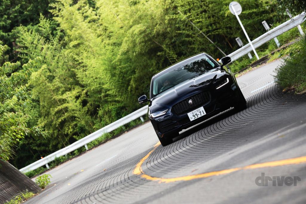 【スポーツセダン好きは必見!】ライバルのドイツ車よりもスポーティな、ジャガー XE 【ニューカー試乗記】