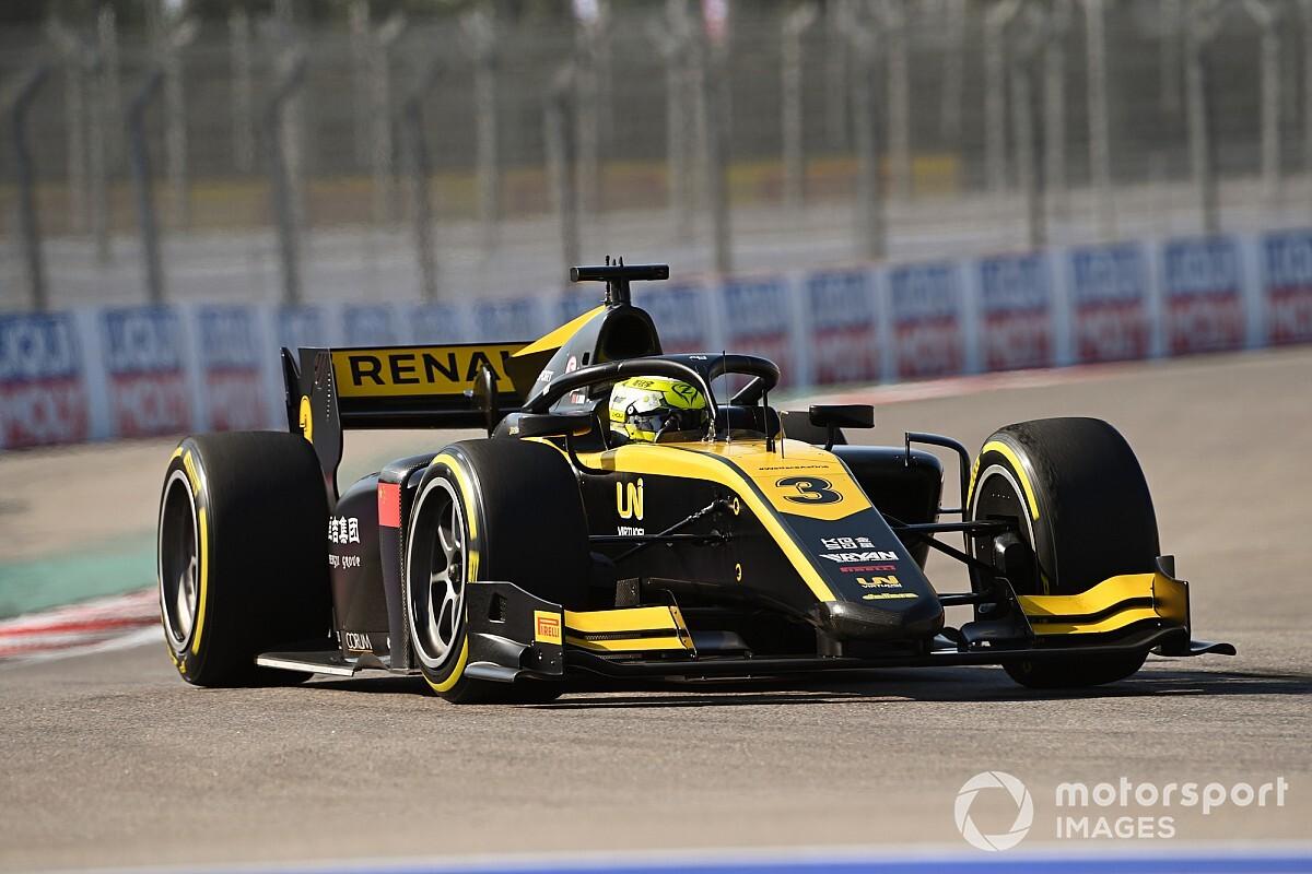 FIA F2ソチ:大クラッシュ発生でレース2は途中終了。周冠宇がF2初勝利、角田は6位でランキング3番手に浮上