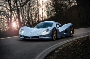 最高出力1100psオーバー! サロン・プリヴェに日本製EVスポーツ「アスパーク オウル」他、ハイパーカーが大集結 【動画】