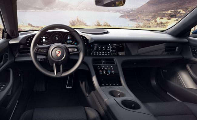 ポルシェのフル電動スポーツカーのタイカンにクロスオーバーSUVモデルの「クロスツーリスモ」を新設定